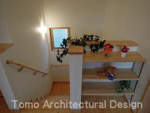 その他事例:ゆっくり昇降できる勾配のゆるい階段(house-NMY)