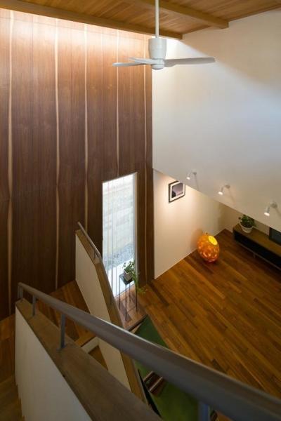 階段吹抜け (sunny side)