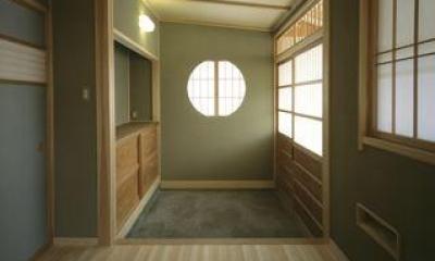 明るい玄関土間|上諏訪の家