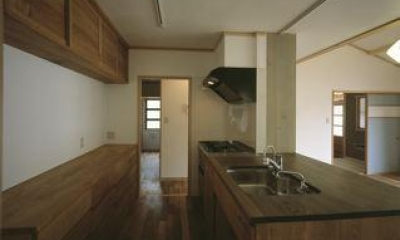 上諏訪の家 (木を感じるキッチン)