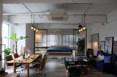 90平米のワンルーム (壁ひとつ無い90平米のワンルーム空間)