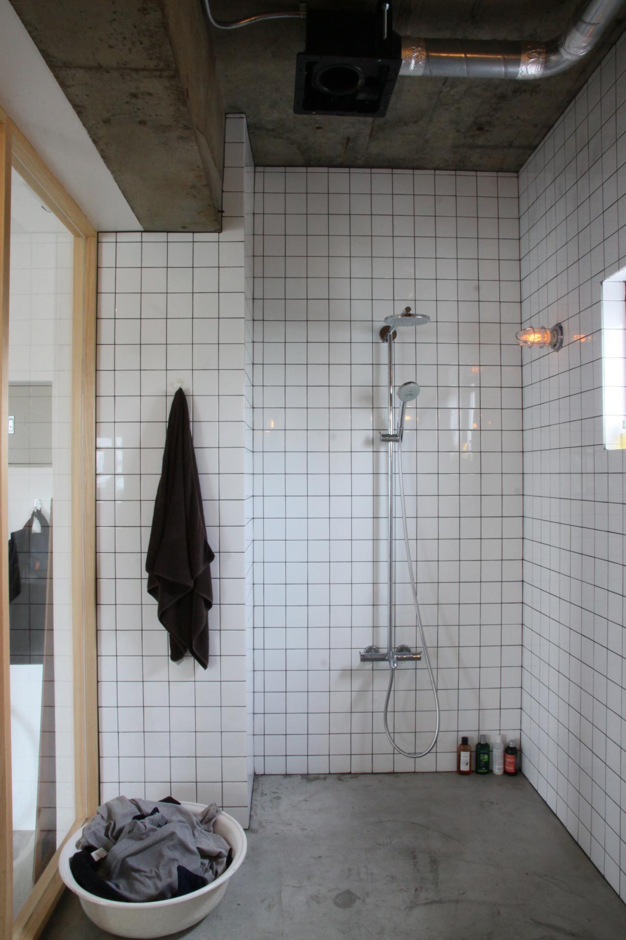90平米のワンルームの部屋 シャワールーム