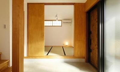 大きな窓から見える富士山を楽しめる、明るい2階リビングの住まい (和室)