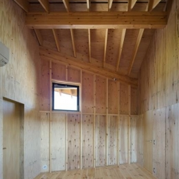 木を感じる洋室 (高松の住宅2)