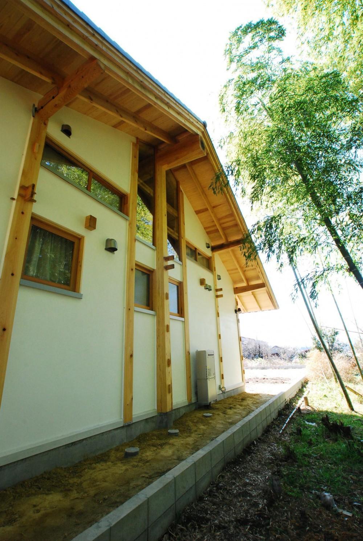 御柱-ibusiの舎 (外観)