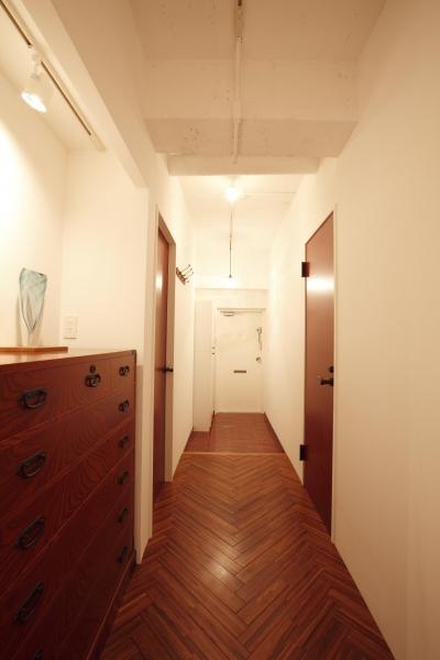 単なる廊下とは言わせない (単なる廊下なんて言わせない。こだわりの廊下、見せます。)