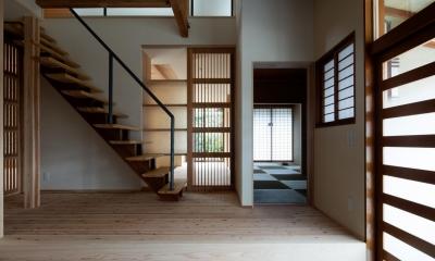 階段・玄関|光と風を取込む階段を中心としたリノベーション -HO邸リノベーション-