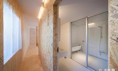 青葉区しらとり台戸建てリノベーションPJ (ガラス張りのバスルーム)