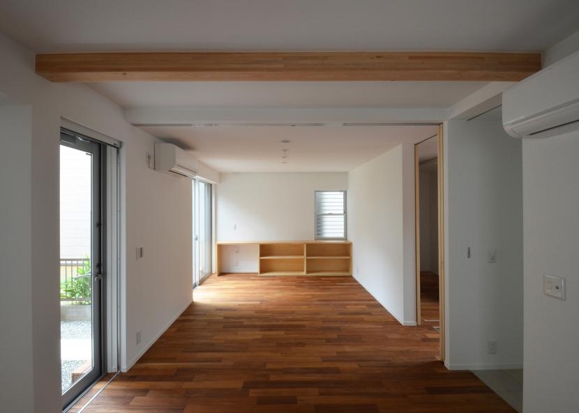 徳丸Y邸-高密度でもゆとりある庭を配した二世帯住宅-の部屋 徳丸Y邸05