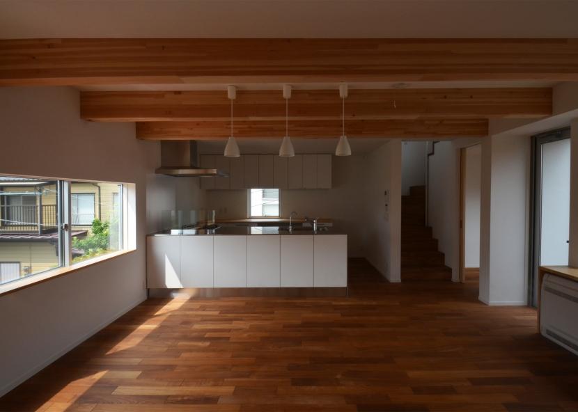 徳丸Y邸-高密度でもゆとりある庭を配した二世帯住宅-の部屋 徳丸Y邸07
