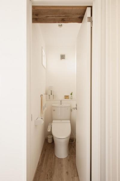 トイレ (二人で楽しく・・・手作り感満載のいえ)