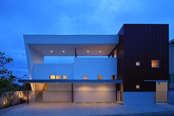 House-MSD【 White Rainbow-白虹- 】の部屋 大屋根がインパクトのある外観
