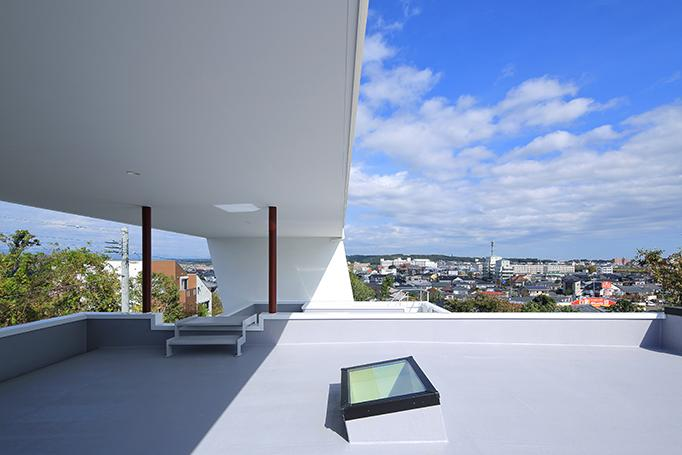 House-MSD【 White Rainbow-白虹- 】 (大屋根の下の開放的な空間)