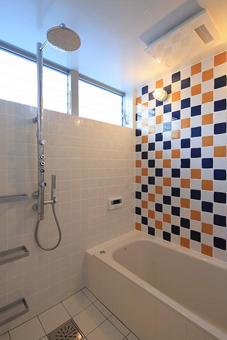 House-MSD【 White Rainbow-白虹- 】の部屋 タイルが印象的なバスルーム