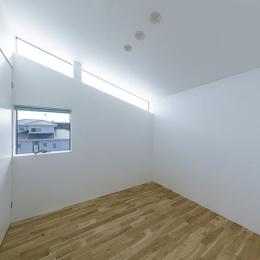シンプルな寝室 (House-KNMR【 Lberg 】)