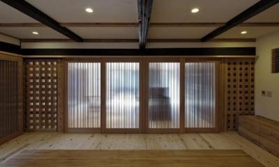 家族室|今井町の家ー伝統的町家を新しく開発した耐震フレームで現代のライフスタイルにあったリノベーションを実現ー