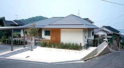 不整形の宅地に建つ住宅 (鳥取市 O様邸)