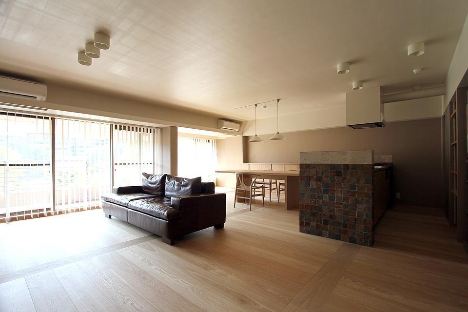 リビングダイニング事例:見晴らしの良い大空間(京都市Y様邸)