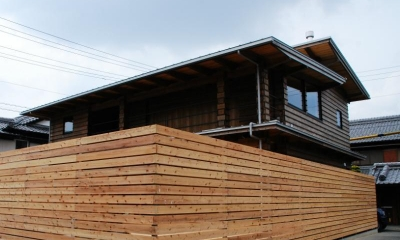 外観 Wood stucco house