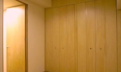 無垢材と左官壁のシンプル空間(浦和区のリノベーション)