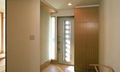 伊勢崎の家 (光が差し込む玄関)