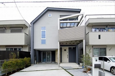 江戸川の家 (モダンな外観)