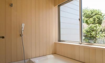 小仲台の家 (浴室)