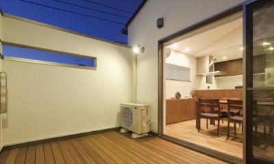 高い吹き抜けで明るく開放的な家【1850万円】