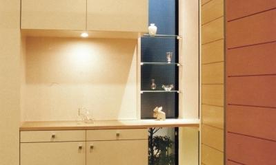 木造のスケルトンリフォーム|HT-house (夜の玄関)