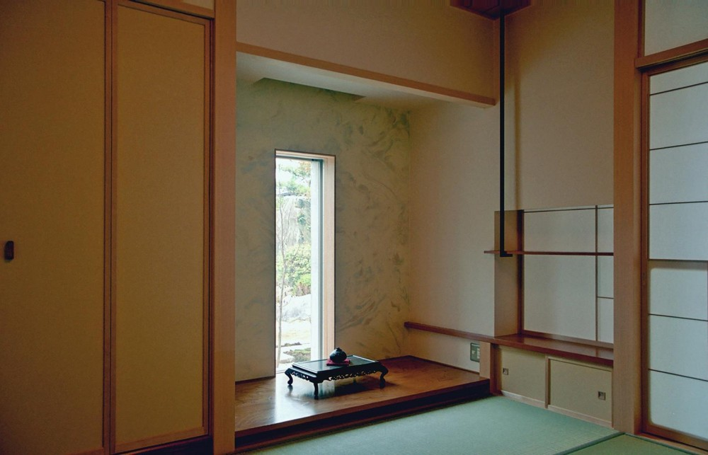 RC造の三世代住宅|六条の家 (床の間)