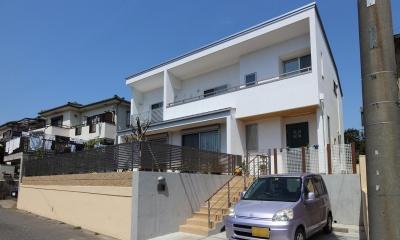 水平フラットな外観でまとめた木造|東久留米の家 (水平強調の外観)