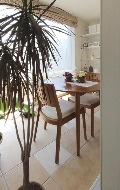 インナーテラス (水平フラットな外観でまとめた木造|東久留米の家)