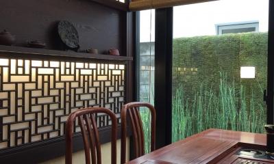 中国の茶室 (格子と光)