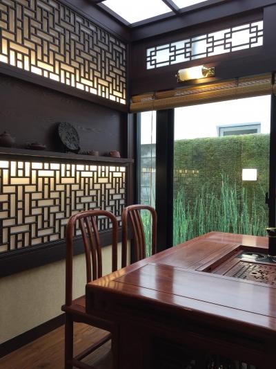 格子と光 (中国の茶室)