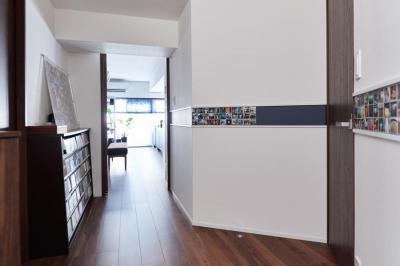 廊下 (永く住むことを考えてインフラ部分を重視。デザインよりも効率性にこだわった住まい。)