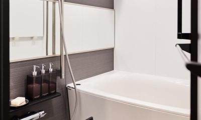 永く住むことを考えてインフラ部分を重視。デザインよりも効率性にこだわった住まい。 (浴室)