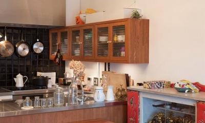 A邸-ワークスペースに夫婦それぞれの空間 (キッチン)