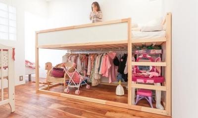 A邸-ワークスペースに夫婦それぞれの空間 (子供部屋)