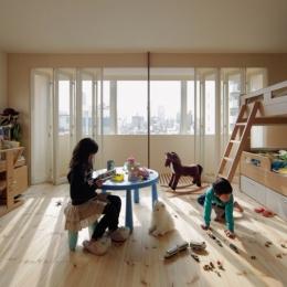 5階住居/子供部屋 窓際のインナーバルコニー