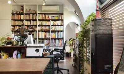 住うと仕事を楽しむ、レトロな雰囲気 (書斎)