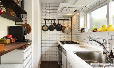 住うと仕事を楽しむ、レトロな雰囲気 (キッチン)