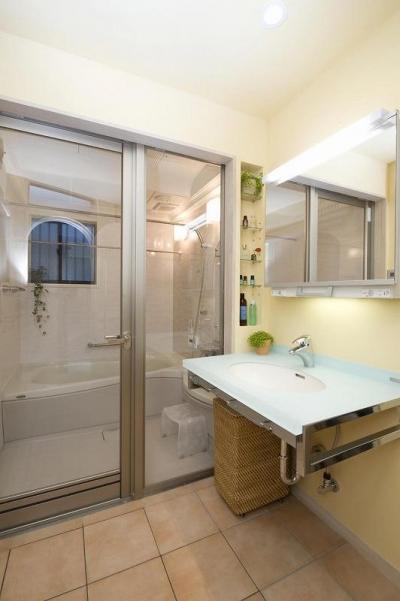 バスルーム (らせん階段のある家)