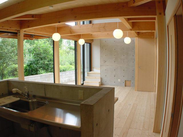 成長する家の部屋 コンパクトなキッチン