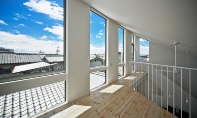 帆居 hammock house (空に浮かんだようなロフトからの眺め)