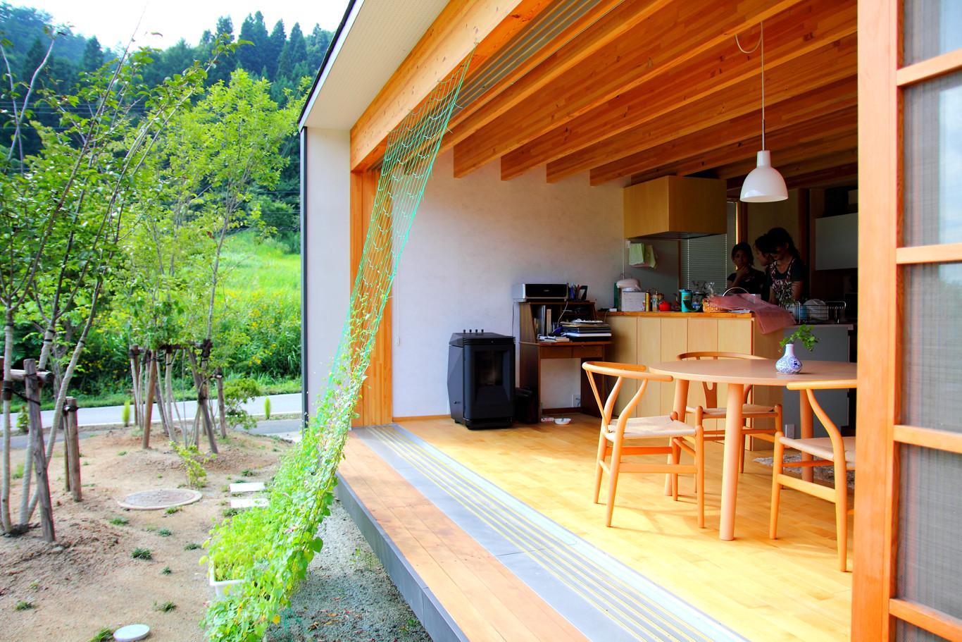 白鷹の家の写真 光と風を感じる空間