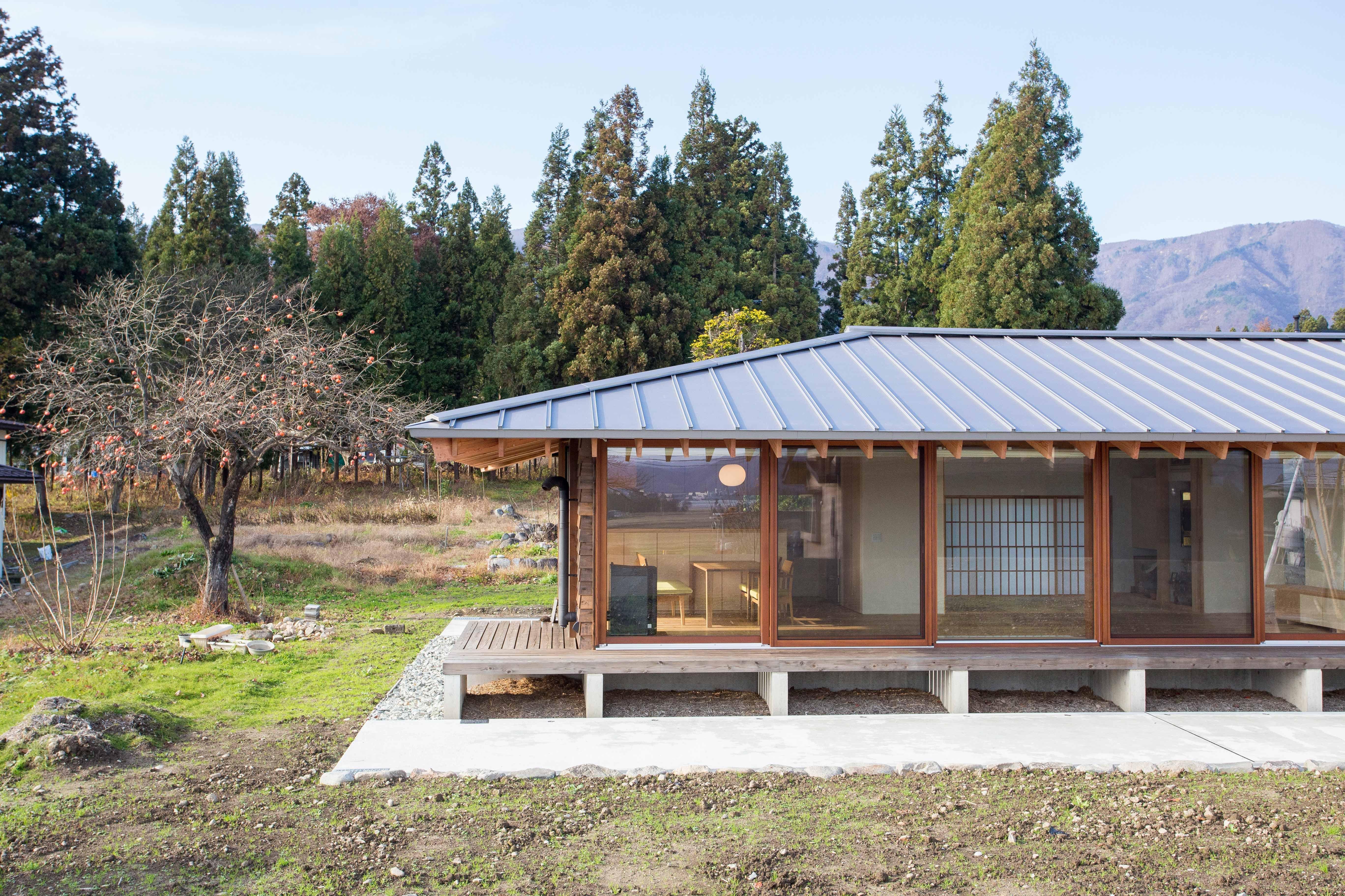外観事例:寒さを気にしない高性能窓を採用した平屋2(西根の家)