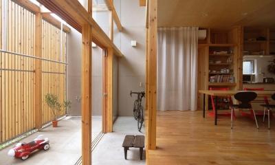 貫井北町の住宅 (玄関土間とテラス土間)