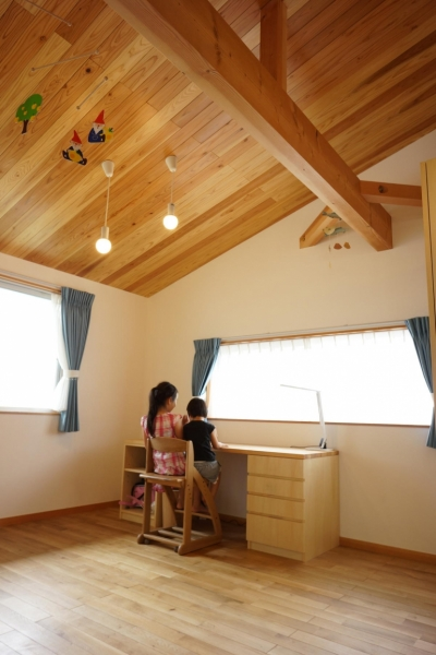 自分で作る子供のスペース (逗子の家―気持ちの良い場所)