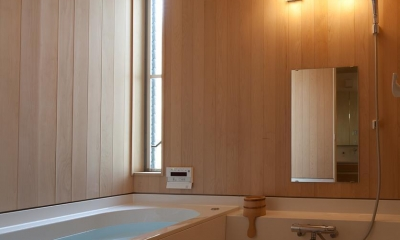 東大泉の住宅 (浴室)