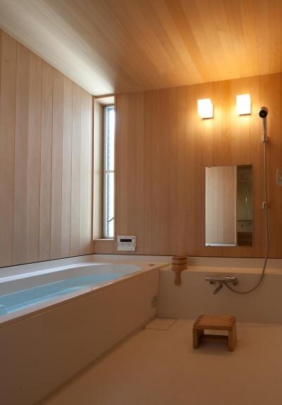 浴室 (東大泉の住宅)